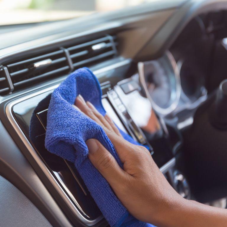 khử trùng xe hơi